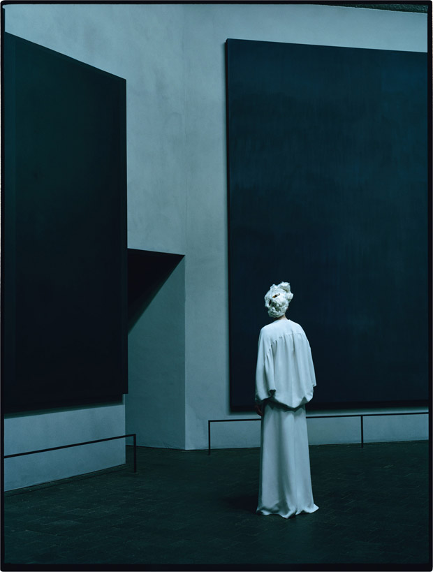 Tilda-Swinton-Tim-Walker-09