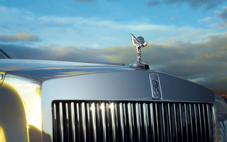 Rolls-Royce-Logo-With-Front-Car