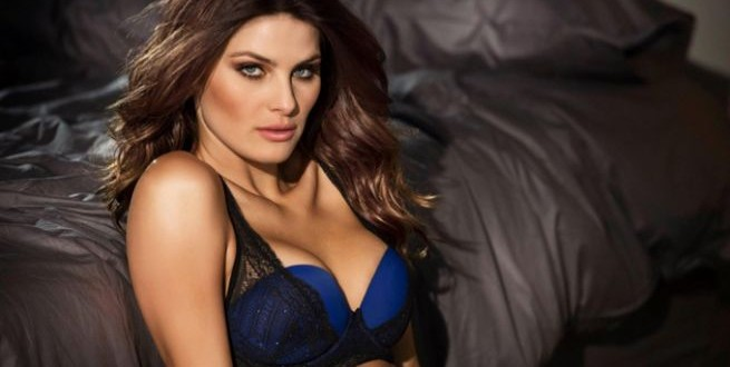 Isabeli-Fontana-Leonisa-Lingerie-2015-Campaign-Pictures061-655x435
