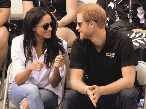 la-et-mog-prince-harry-and-meghan-markle-20170925