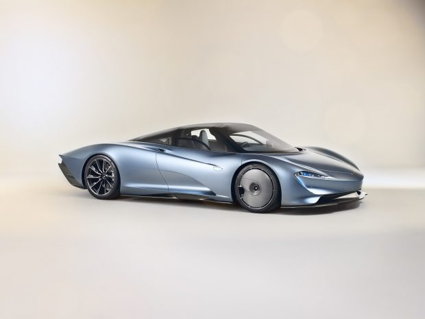 НА ТРОИХ - MCLAREN SPEEDTAIL